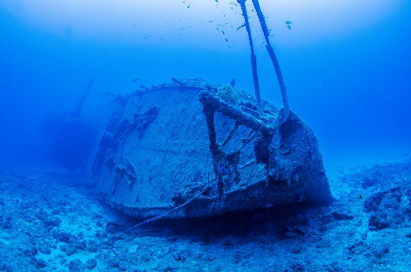 沖縄最大の沈没船USSエモンズ/USS EMMONS  沖縄ファンダイビング