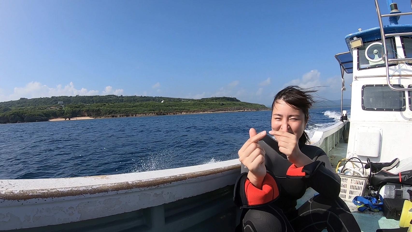 エモンズダイビング 透明度最高の中沈没船エモンズでダイビング